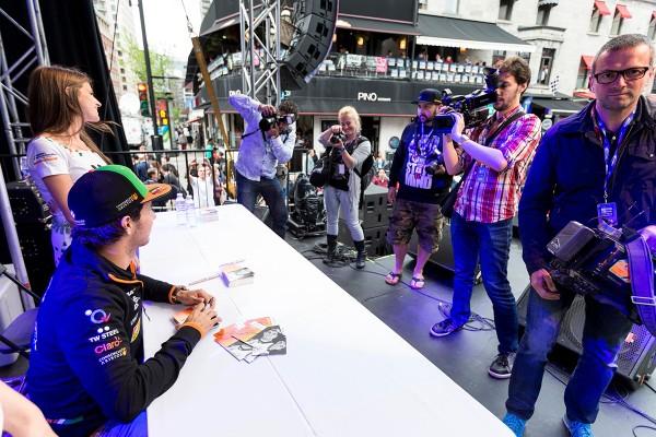 grand prix crescent - GP14-Perez-autographs-2